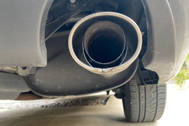 What causes a rattle in muffler and how to fix it_Get Soundproofing